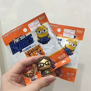 INSTOCK: despicable me 3 pint size heroes blind bags