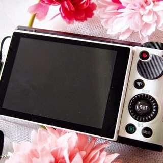 🚚 Casio ZR3500 白色全配