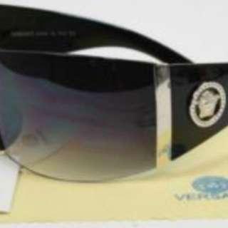Brand New Versace sunglasses !!