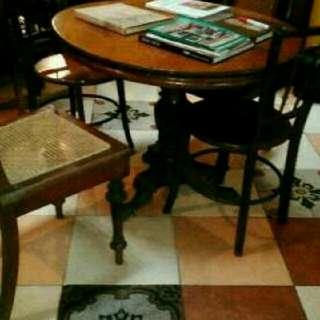 Meja Antik Kayu Jati Ori .Darisatu Lembar Papan ukuran 90.