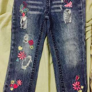 Truly scrumptious designed by Heidi Klum preloved tattered pants