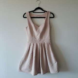Light Pink Dress Cut Out Heart Back 👌