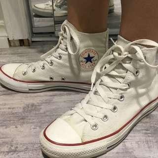 White Converse All Star Chucks