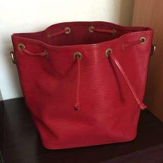 LV水波紋水桶包 (紅)