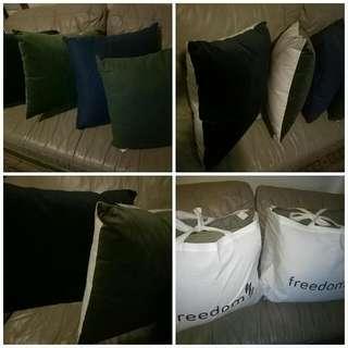 BNWT 4 X Freedom Furniture Luxury Cushions (2 Sets Of Each)