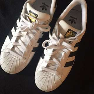 Adidas Superstar Size 7 US