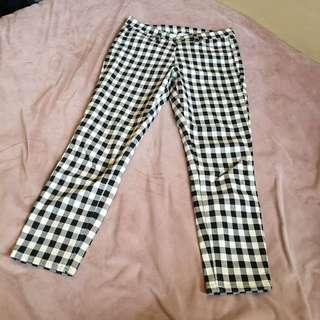 (含運) uniqlo 7-8分彈性褲
