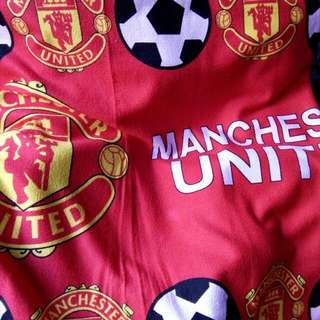 MANCHESTER UNITEF OFFICIAL FOOTBALL TOWEL