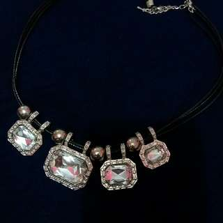 Kalung Fashion Diamond