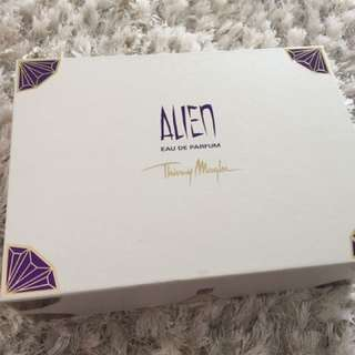 Alien Ladies Perfume Set