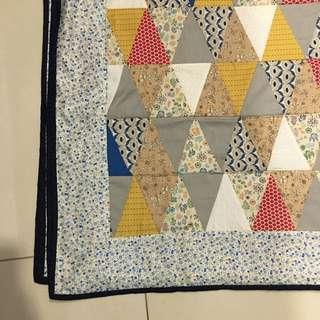 Home made quilt (145x125cm)