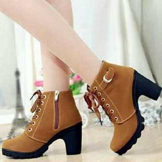 Sepatu boots 5cm