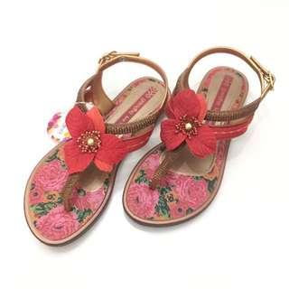 Kid's Grendha 巴西夾腳涼鞋 巴西尺寸28,29,30(南美花園時尚涼鞋-鮮紅)