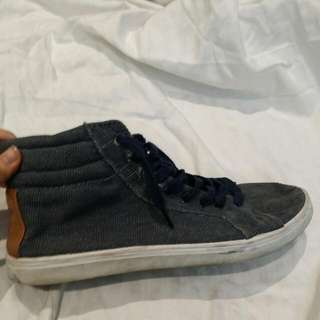 Size 44 Factorie High Tops