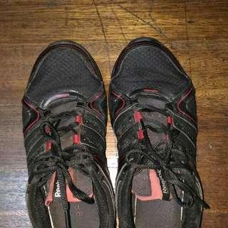 Reebok Shoes Size 8