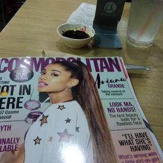 Cosmo Sept. 2017 Ariana Grande