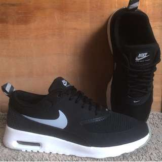 Authentic air max thea