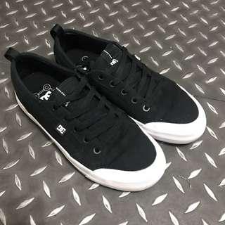 (二手)DC 滑板鞋
