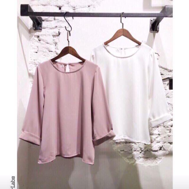粉色雪紡上衣