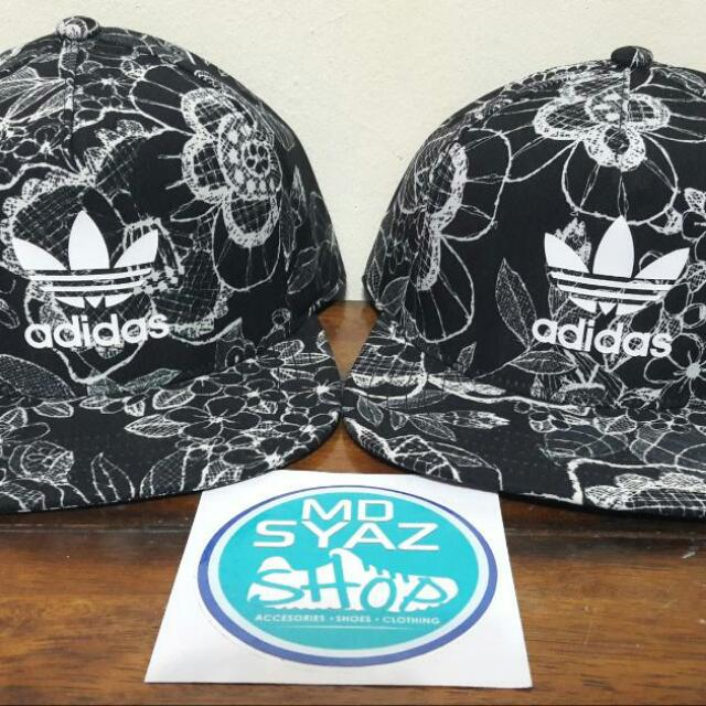 60208746f39ce ADIDAS ORIGINALS FLOWER CAP