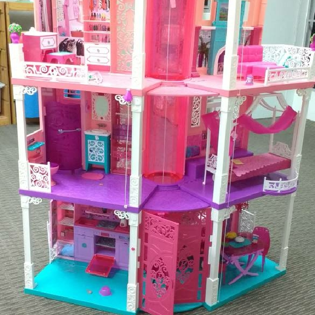Barbie Dream House Toys Games Bricks Figurines On Carousell