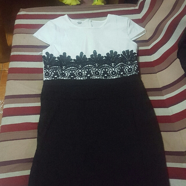 black and white dress,