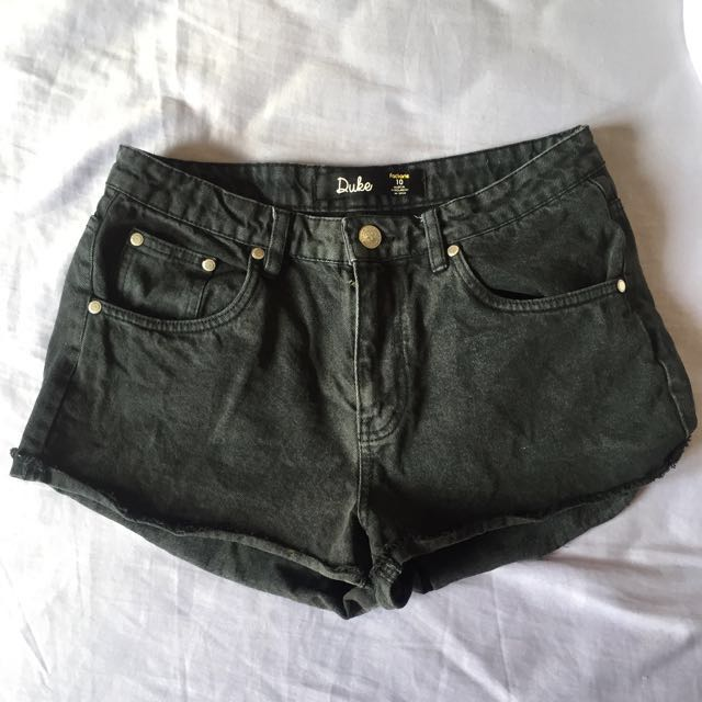 Black Highwaisted Denim Shorts