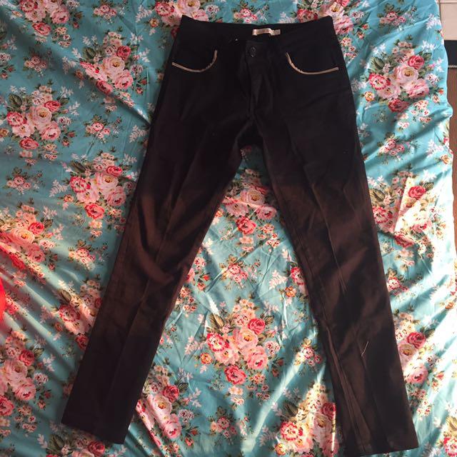 Black pants basic