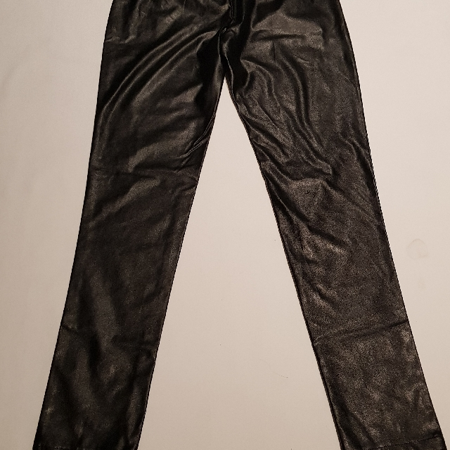 Boohoo Brand Size 8 Black Leather Look Pants