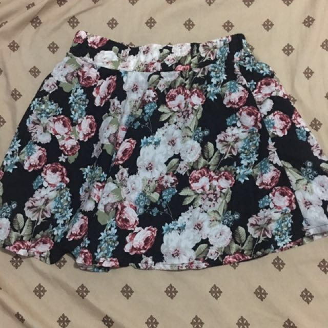 Bottoms Up Floral Skater Skirt (Large)