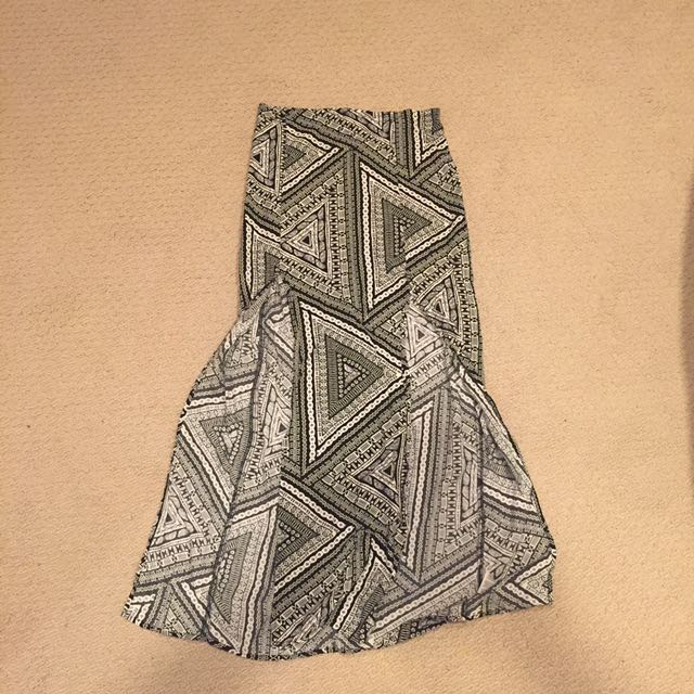 B&W Patterned Maxi Skirt