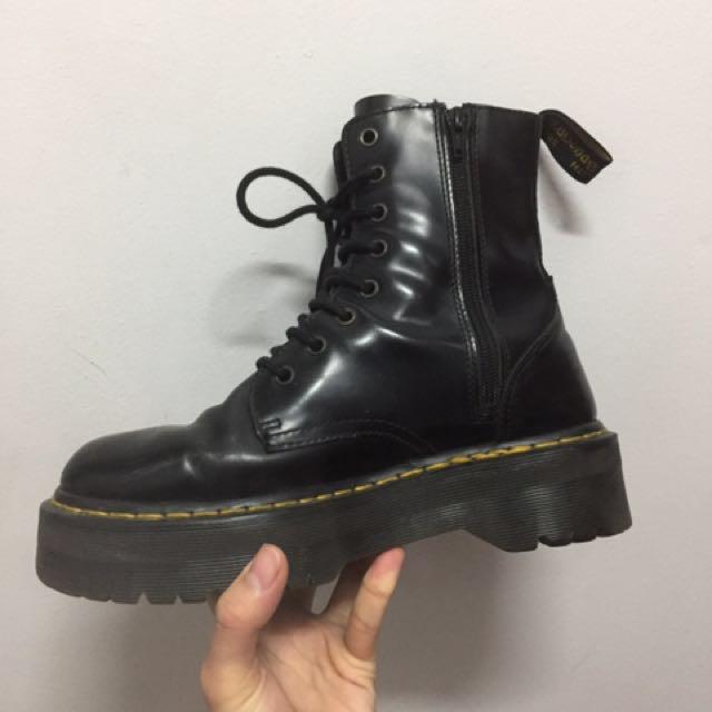 e411ba218f Dr Martens Jadon Boots, Men's Fashion, Footwear on Carousell