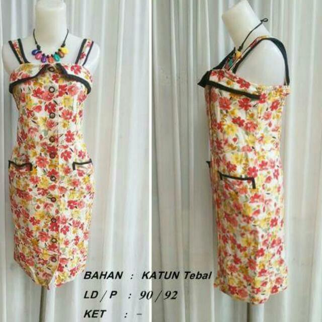 Dress Flower Licu