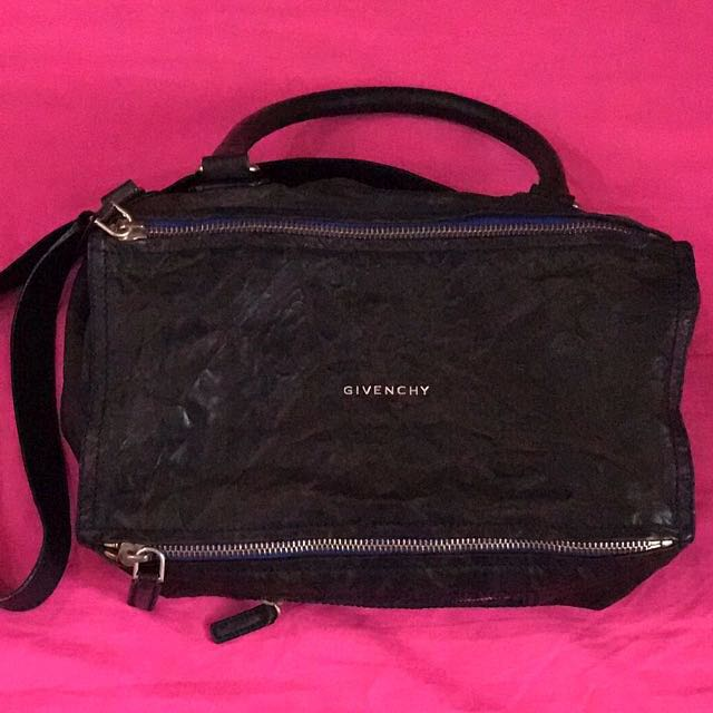 Givenchy Pandora Medium (Navy Blue, distressed)