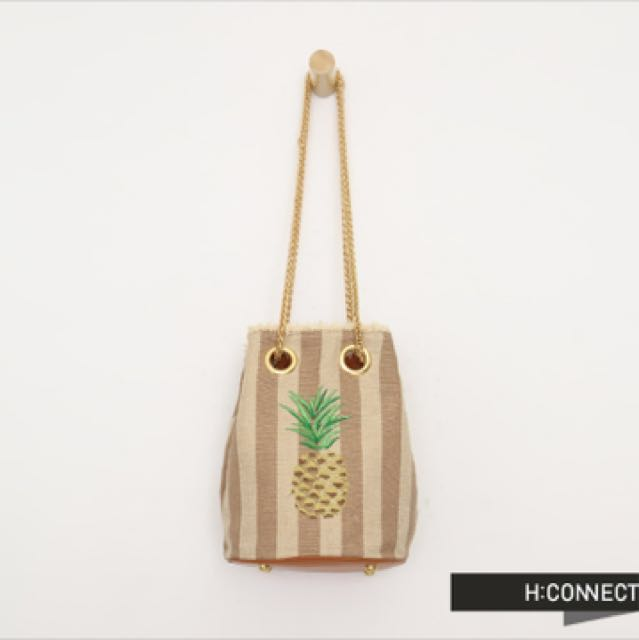 H connect 鳳梨金鍊包