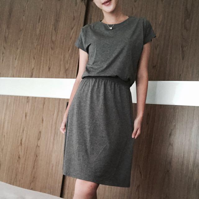 LALU 新加坡🇸🇬灰色連身裙