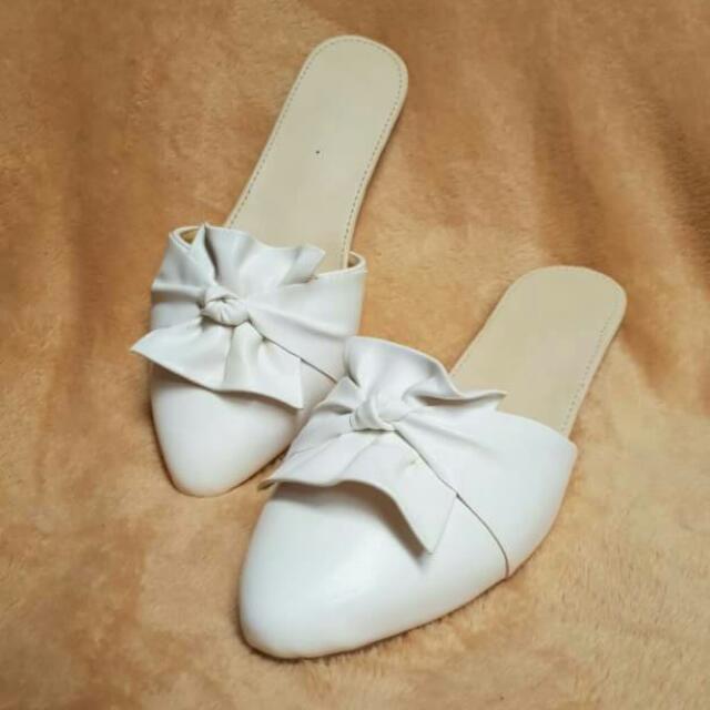 Leather Sandal / Sandal Wanita / Sandal Murah / Sandal Putih