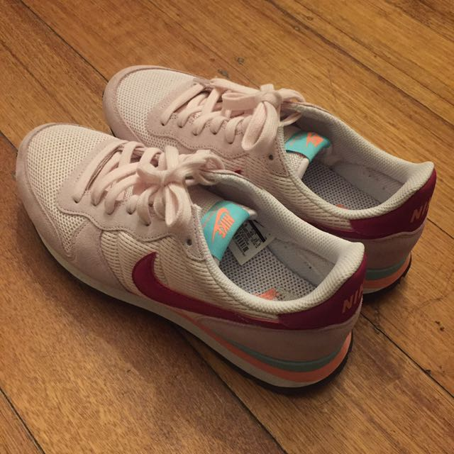 Nike Women Trainer