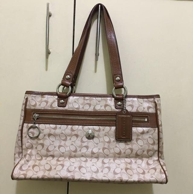 ON SALE! Authentic COACH bag
