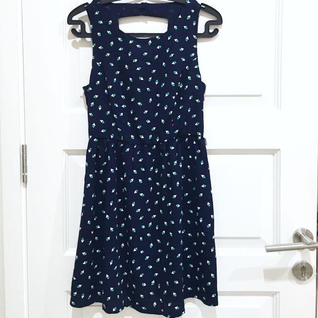 PRELOVED FOREVER21 Navy Geometrical Summer Dress