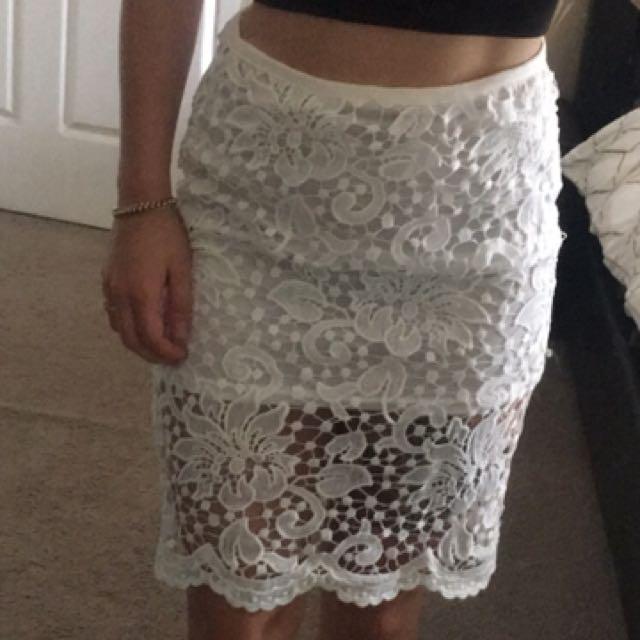 Reverse white lace midi skirt
