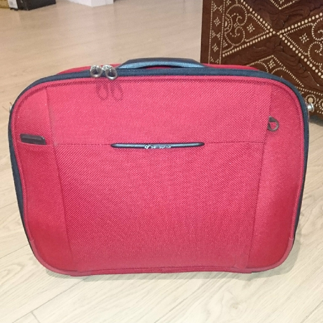 Samsonite Carry-on Bag / Case