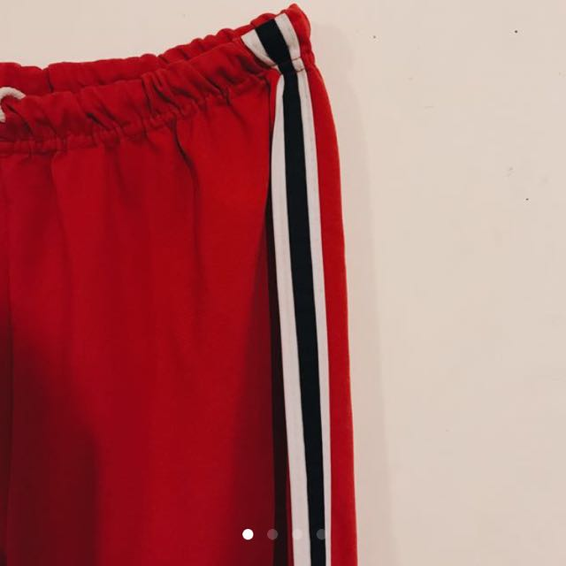 STRIPED RED PANT