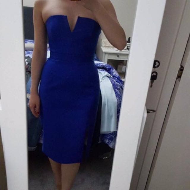 Stunning Blue fitted dress by Nicholas
