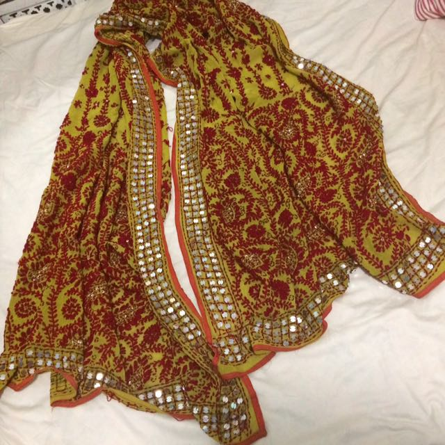 Vintage / Antique Indian Throw/ Shawl/wall Hanging