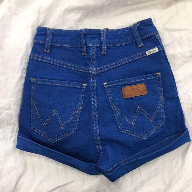 Wrangler (cheeky) high waisted shorts