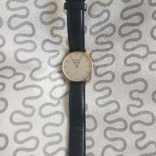 Rose Gold Daniel Wellington Watch