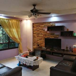 HDB For Sale:  5I @ Blk 486 Admiralty Link