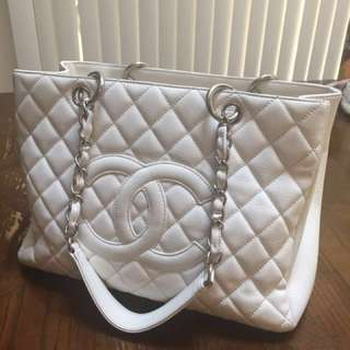 Chanel gst white caviar leather silver hardware Preowned