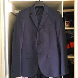 Roger davids Suit (NEGOTIABLE)